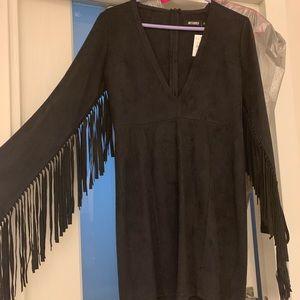MISSGUIDED DEEP V FRINGE-SLEEVED Black Mini Dress